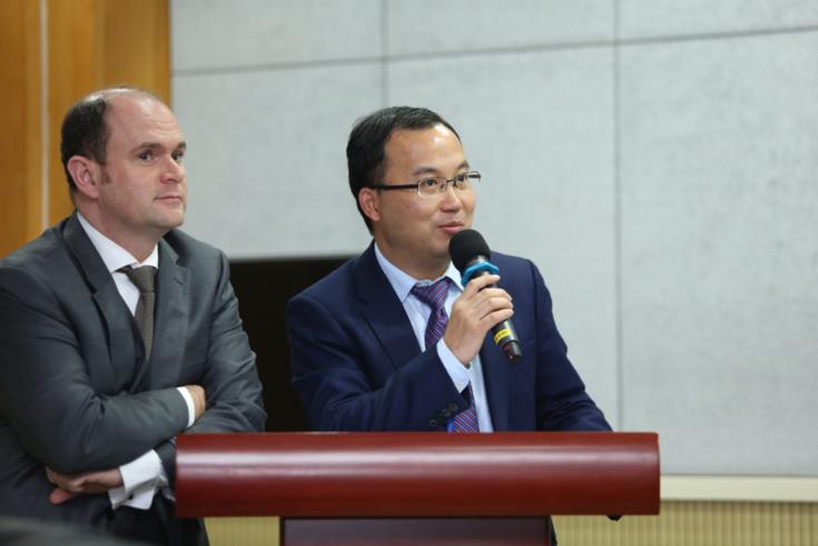 Professor Lin Wei, Vizepräsident der UCASS, und HSS-Projektleiter Alexander Birle